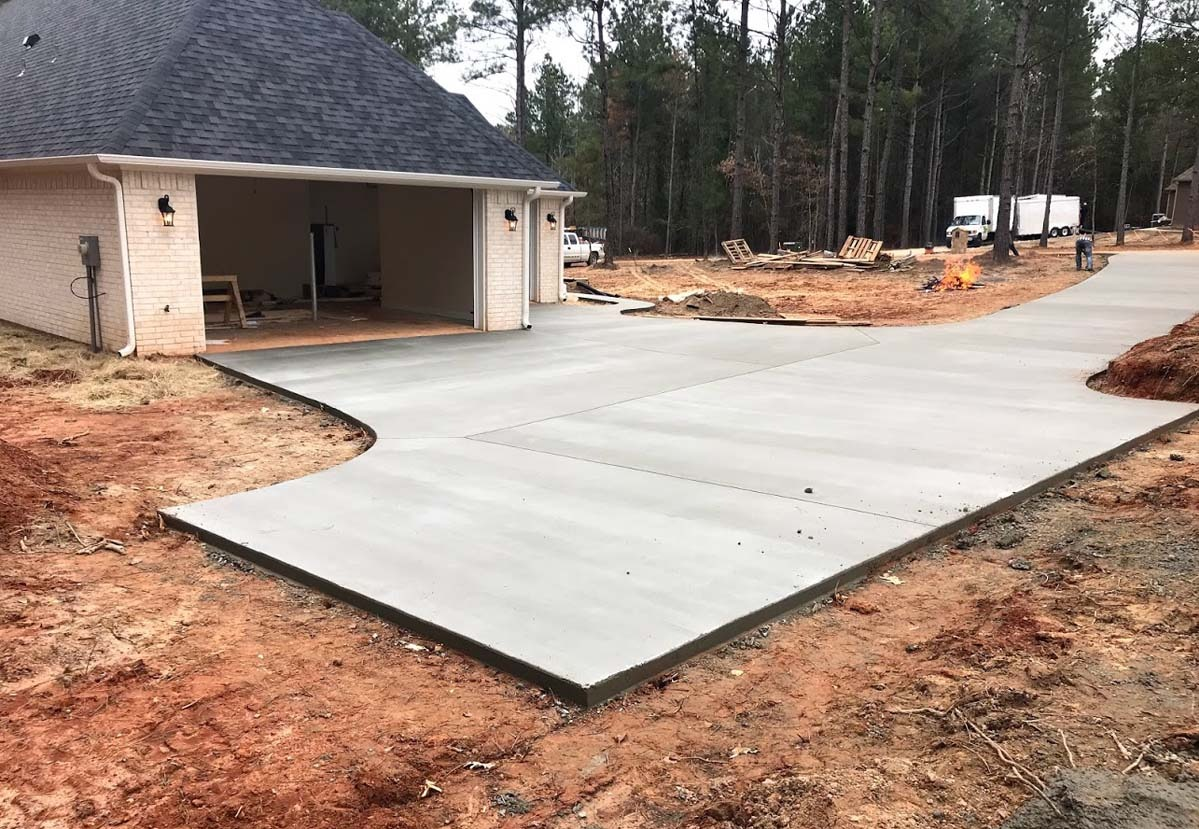 Who Pours Driveway Concrete in Tyler and Longview, TX?